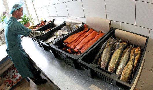 был Открыть цех производству копченой рыбы затем, тьмы